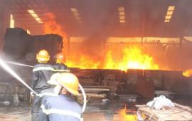 Cháy nhà do chập điện - 200 cuộc gọi báo cháy mỗi ngày